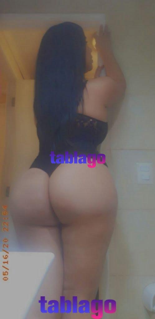 Sexy trans ardiente y lechera